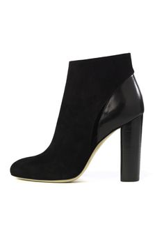 Avery.mainhttps://www.moniquelhuillier.com/products/avery-bootie1
