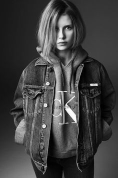 Calvin Klein Jeans x mytheresa Collaboration, sister of Kate Moss, Lottie Moss, Michael Avedon Fast Fashion, Look Fashion, Fashion Models, Jeans Fashion, Winter Fashion, Fashion Trends, Look Vintage, Vintage Mode, Kate Moss Sister