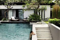 Pool design inspiration bycocoon.com | villa design | hotel design | bathroom design | design products for easy living | Dutch Designer Brand COCOON || Soori Residence