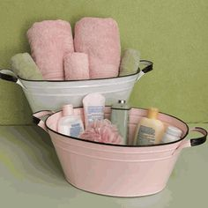 Make bathtime fun for baby with these adorable and vintage inspired tubs!