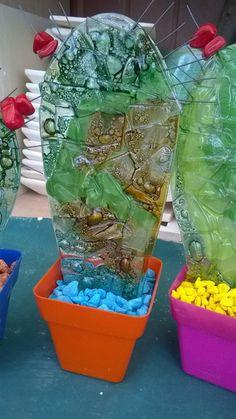 artesania en vitrofusion cactus de vidrio y maceta