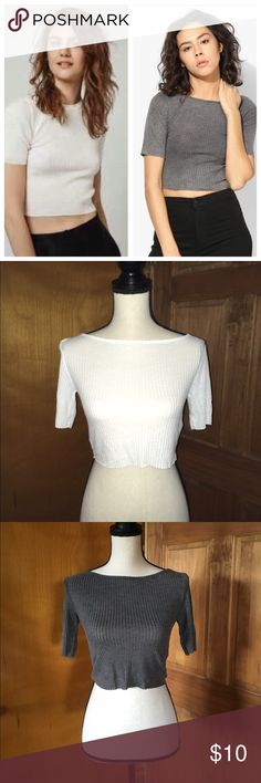 "Lot 2 TopShop Crop Tops XS Small Medium Large XL You pick the sizes! I have 2, 4, 6, 8, 10 and 12 available! You get a grey and white. TopShop Slash Crop! Semi-sheer finish and raw hemline to add edge to a casual look in this crop tee. Finished in a soft jersey blend, it features an all-over ribbed detail with a crew neckline. Small, medium, large, extra large. 65% Polyester, 35% Viscose. (Material could vary slightly) the 12 &10 are 16.5"" long. 8 is 16"". 6 is 15.5"". 2 & 4 are 14.5"" approx…"