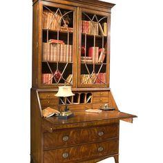 Port Eliot создают прекрасные функциональные вещи: вот вам и книжный шкаф, и место для работы. Бюро можно запереть на замок, и никто не узнает ваши тайны! #furniture #porteliot #Port_Eliot #мебель #шкаф #CactusGallery #cactus_design #интерьеры #интерьердома #дизайнинтерьера #классическийстиль #москвадизайн #москва #дизайн #интерьер #декор #дизайнеринтерьера #дизайнер_интерьера
