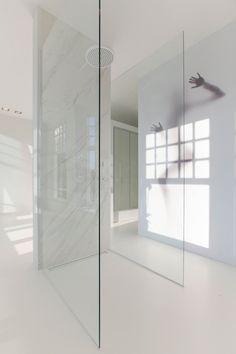 Bathroom design Studio Jan des Bouvrie. #bathroom #interior #design #jandesbouvrie