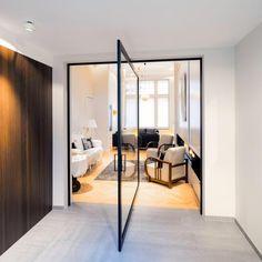 Made-to-measure glass pivot doors Glass Bathroom Door, Glass Shower Doors, Glass Door, Traditional Interior Doors, Modern Modular Homes, Modular Home Floor Plans, Couches For Sale, Pivot Doors, Aluminium Doors