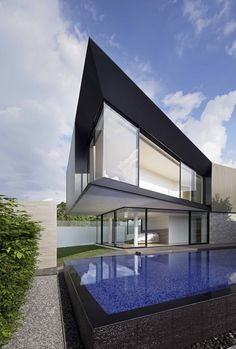 Aluminium House,Courtesy of Ayutt and Associates Design
