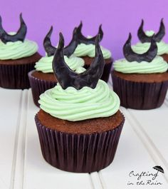 Maleficent Cupcakes for Movie Night - Undercover Tourist Blog