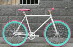 Image discovered by caroline. Find images and videos about pink, blue and rose on We Heart It - the app to get lost in what you love. Fixi Bike, Fixed Gear Bicycle, Bicycle Paint Job, Bicycle Painting, Wooden Bicycle, Bicycle Decor, Vintage Bicycle Parts, Vintage Bicycles, Velo Design
