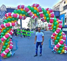 Balloon Gate, Ballon Arch, Deco Ballon, Balloon Columns, Balloon Garland, Balloons Galore, Ballon Decorations, Christmas Balloons, Balloon Display