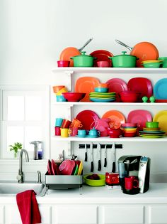 I'd love to scrap all my dishes and start collecting Fiestaware. So fun!