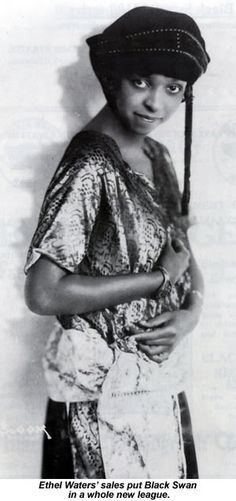 Ethel Waters' Down Home Blues turned out to be not only Black Swan's first genuine blues release, but also the company's first big seller. Golden Age Of Hollywood, In Hollywood, Women In History, Black History, Ethel Waters, Famous African Americans, Hollaback Girl, Great Works Of Art, Cotton Club