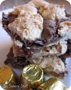 Rolo cake bars - only 4 ingredients!