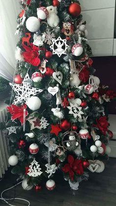 Vánoční stromky ozdobené našimi zákazníky | Svět Stromků Christmas Trees, Holiday Decor, White Decor, Xmas, Christmas, Xmas Trees, Christmas Tree, Xmas Tree