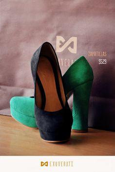 Invierte en un par de zapatillas de gamuza una textura muy atractiva y elegante.