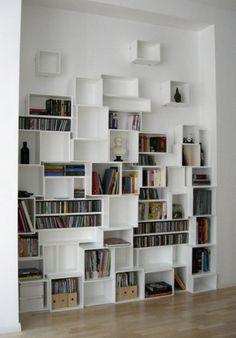 Étagère à livres blanche pour salon