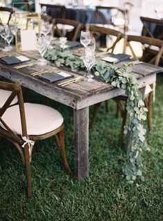 Rustic fall wedding tablescape