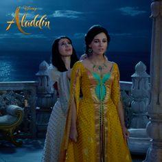 Aladdin Disney Movie, Aladdin Live, Disney Live, Disney S, Disney Movies, Watch Aladdin, Genie Aladdin, Jasmine Costume, Jasmine Dress