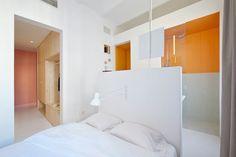 Un apartamento de estilo #modernista y lleno de color #hogarhabitissimo