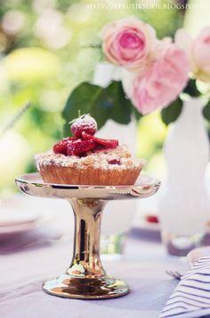 Renee, I have made you a little Strawberry Tart. I hope you like Strawberries. xoxo Allana 8.3.16