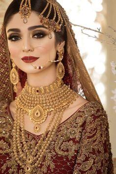 Pakistani Bridal Jewelry, Pakistani Wedding Outfits, Indian Bridal Outfits, Bridal Jewellery, Asian Bridal Dresses, Wedding Dresses For Girls, Bridal Dress Design, Bridal Style, Indiana