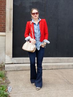 14 Ways to Wear a Red Blazer...I don't have red, but these looks can be adapted. Lots of good ideas here.