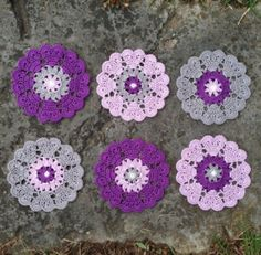 Heart Mandala motif, free pattern from Crochet Crochet Potholders, Crochet Motifs, Crochet Squares, Thread Crochet, Crochet Doilies, Crochet Flowers, Crochet Stitches, Crochet Patterns, Crochet Coaster