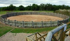 Lunt Roman Fort - Steve's Digicams ForumsThis is a training ring called a Gyrus. Roman soldiers would exercise and do weapons training along with training/breaking in horses that were the fruits of their battle victories.