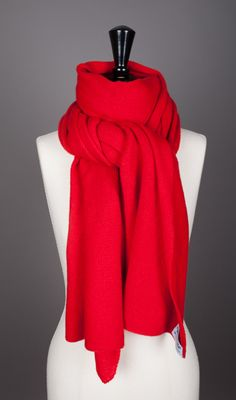 Foamy red scarf  Made in France by Evesome  See more >> www.evesome.com
