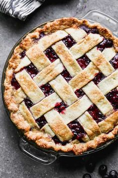 You just can't beat this simple and delicious homemade triple berry pie! It holds together perfectly and uses fresh or frozen berries. For Brian's Birthday Triple Berry Pie, Mixed Berry Pie, Pie Recipes, Dessert Recipes, Cooking Recipes, Desserts, Candy Recipes, Nutella Recipes, Kitchens