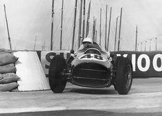 Monaco 1959 , Gazometre. Phil Hill - Ferrar1 246 V6