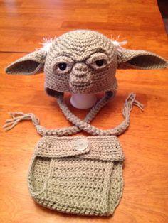 Crochet Newborn Yoda Hat and Diaper Cover Set by MamaJody54, $30.00