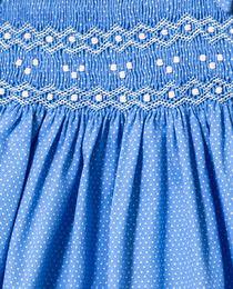 Vestido de bebé niña Dulces en azul con smock Pink Dresses For Kids, Little Girl Dresses, Cute Dresses, Smocked Baby Clothes, Girls Smocked Dresses, Frocks For Girls, Kids Frocks, Smocking Patterns, Baby Dress Design