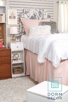 Dorm Decor offers a variety of dorm bedding, dorm storage, and dorm accessories that are perfect for the incoming college freshmen. Check out our website and start designing your dorm today! Dorm Room Rugs, Dorm Pillows, College Dorm Bedding, College Dorm Rooms, College Dorm Organization, College Life, Dorm Furniture, Automotive Furniture, Automotive Decor