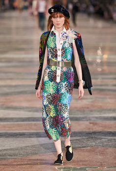 affc0cb6aa0f Cruise 2018 19 - Ready-to-Wear - CHANEL