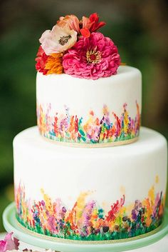 painted mini wedding cakes 2