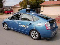 aprueba coche sin conductor google. Tintarecarga.com  Más información en http://www.tintarecarga.com/blog/el-departamento-de-vehiculos-motorizados-de-california-aprueba-las-normas-para-el-coche-sin-conductor-de-google/