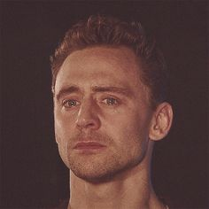 all-hearts-r-broken:  Tom in Coriolanus (NTL) so sorry for make you all cry!   No! Just no.