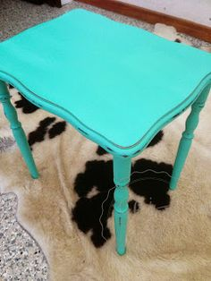 Mixing Chalk Paint Colours - ASCP Florence and Old White - Coffee Table Makeover