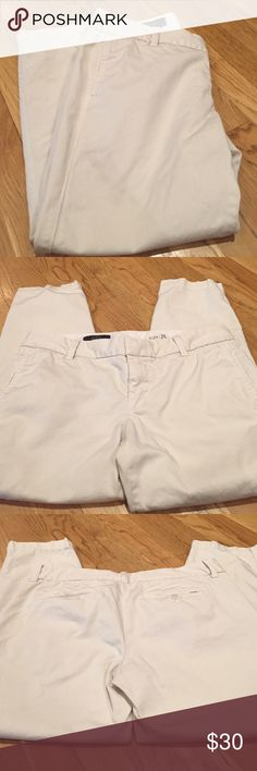 """J Crew Scout Pants J Crew Scout Pants in tan Length is about 33"""" inseam about 25""""  waist is 17 1/2"""" laying flat across the top J. Crew Pants"""