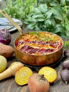 Beetroot, Camembert Cheese, Diet Recipes, Pinot Noir, Food And Drink, Vegetarian, Salad, Dishes, Curry