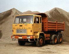 Jelcz Dump Trucks, Classic Cars, Vehicles, Trucks, Historia, Autos, Truck, World, Vintage Classic Cars