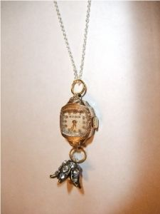 Perfect thing to do with my moms & grandmas old watch parts & jewelry!! DIY How To Make a Watch Pendant Necklace
