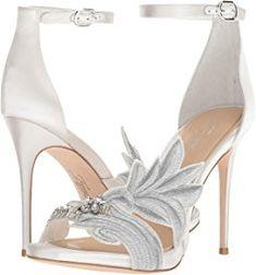 239 Best Bride Shoes Images Wedding Shoes Bridal Shoes Me Too