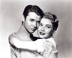 Audie Murphy and Lori Nelson - Destry Hollywood Actor, Classic Hollywood, Old Hollywood, Hollywood Stars, Old Movie Stars, Western Movies, American War, Actors & Actresses, Black And White