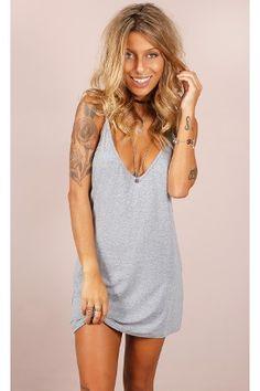 #básico #vestido #cinza #alça #decote #dress #basic