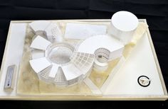 Maquette Architecture, Concept Models Architecture, Pavilion Architecture, Landscape Architecture Design, Organic Architecture, Art And Architecture, Circular Buildings, Kindergarten Design, Mall Design