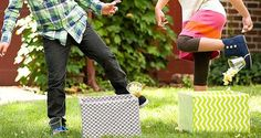 De popcorn race is een erg leuk spel om te organiseren op je #kinderfeestje. Het enige wat je nodig hebt is popcorn en emmers. Succes veel lol is verzekerd. #verjaardagsfeest Kids Party Games, Games For Kids, Diy For Kids, Cool Kids, Astronaut Party, Camping Activities For Kids, Bday Girl, Birthday Games, Monster Party