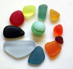 Have you been wondering how to grade sea glass? Here you will find an explanation of important features in real beach glass and  a 5-grade quality scale, including jewelry grades and craft grades of