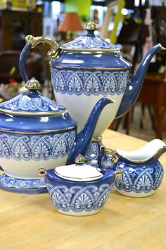 Bombay Blue and White Tea/Coffee Set with Covered Sugar and Creamer - Lovely Classic Look! Ready to Entertain -7 pieces altogether. & Blue and White Grace Tea Set   Bombay Canada   Blue \u0026 White ...