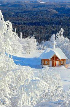 Walking in a Winter Wonderland: Photo Winter Szenen, Winter Cabin, Winter Time, Winter Christmas, Winter Holidays, Beautiful World, Beautiful Places, Beautiful Pictures, Snow Scenes
